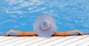 Combien coûte une piscine ? Toutes les solutions pour financer sa construction !