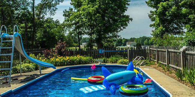 Quelle est la surface nécessaire pour construire une piscine ?