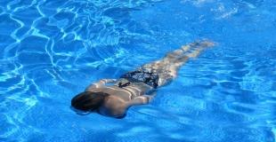 La floculation : fonctionnement du floculant pour piscine ? Quand et pourquoi l'utiliser ?