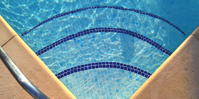 Le traitement au peroxyde d'hydrogène de la piscine