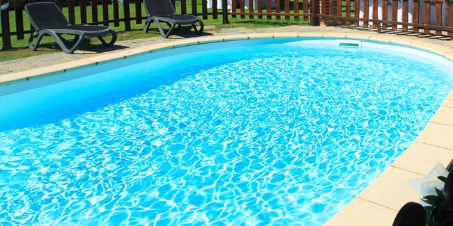 Comment nettoyer le liner de sa piscine ?
