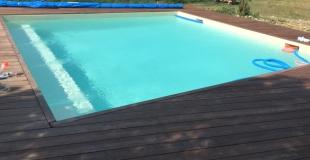 Faire construire une piscine carrée : une bonne idée pour tout type d'espace