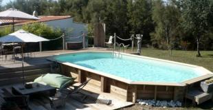 La piscine en bois, une des plus belles piscines hors-sol : avantages et inconvénients