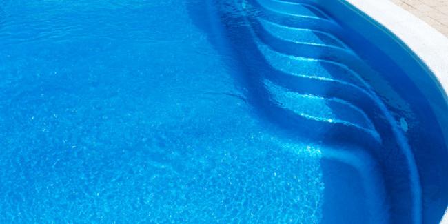 Remplacer le liner de sa piscine : pourquoi ? Quand ? Comment ?